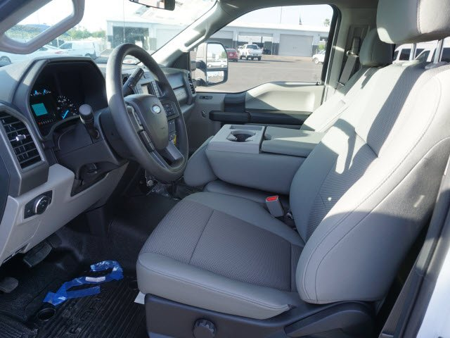 2017 F-550 Regular Cab DRW, Cab Chassis #71087 - photo 5