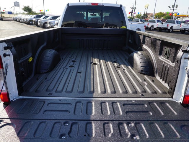 2017 F-350 Crew Cab DRW 4x4, Pickup #71929 - photo 4