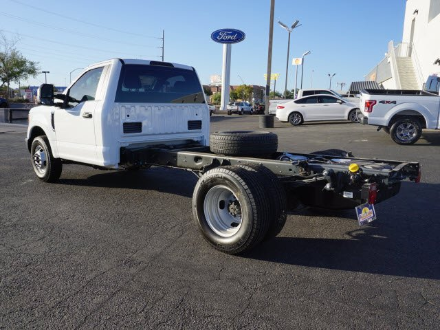 2017 F-350 Regular Cab DRW Cab Chassis #71997 - photo 2