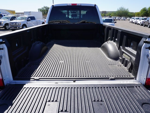 2017 F-350 Crew Cab DRW 4x4 Pickup #72215 - photo 5