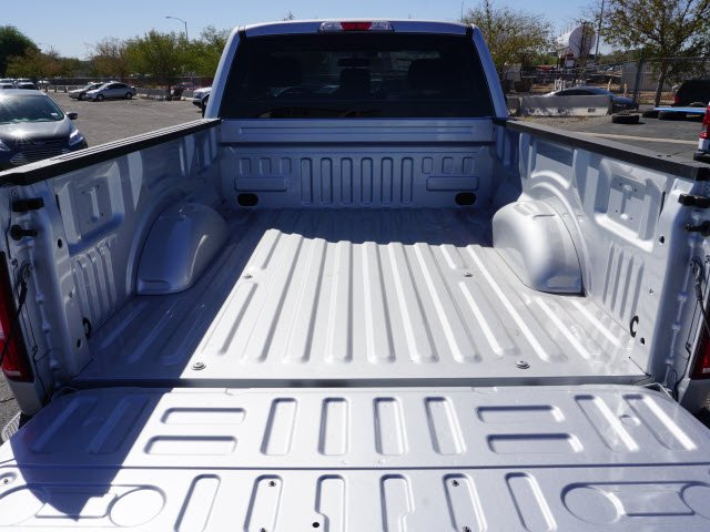 2018 F-150 Regular Cab 4x4 Pickup #80137 - photo 5