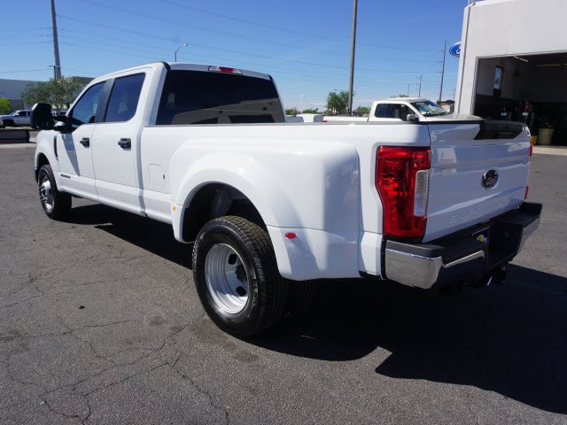 2018 F-350 Crew Cab DRW 4x2,  Pickup #80765 - photo 2
