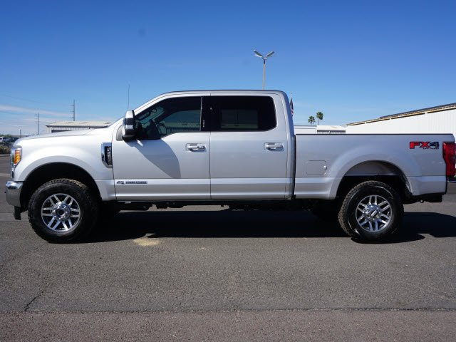 2018 F-250 Crew Cab 4x4, Pickup #81079 - photo 3