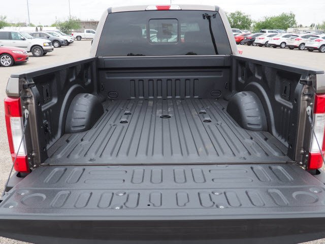 2018 F-250 Crew Cab 4x4, Pickup #81165 - photo 5