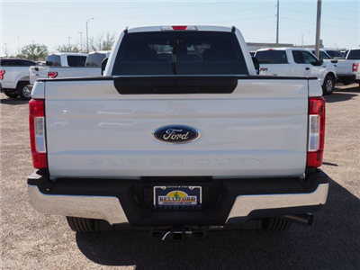 2018 F-250 Crew Cab 4x2,  Pickup #81360 - photo 4