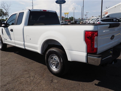 2018 F-250 Super Cab 4x2,  Pickup #81525 - photo 2