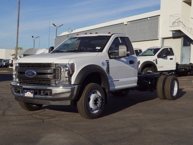 2019 F-550 Regular Cab DRW 4x2, Cab Chassis #90086 - photo 1