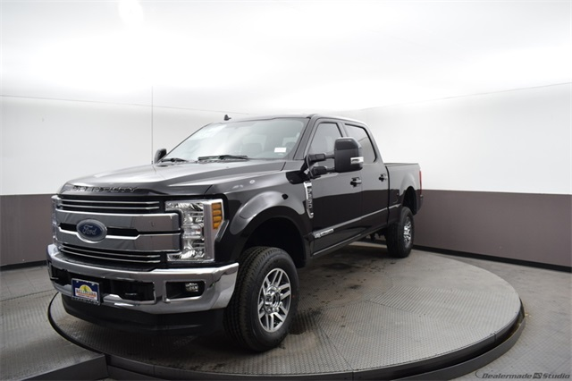 2019 F-250 Crew Cab 4x4, Pickup #91530 - photo 1