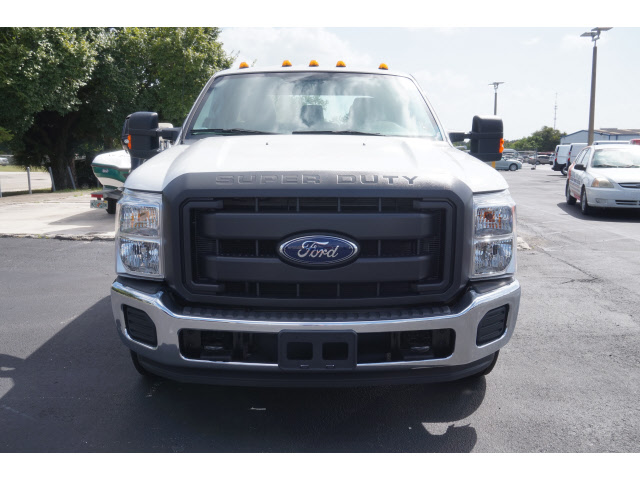 2016 F-350 Crew Cab DRW, Cab Chassis #FB45084 - photo 2