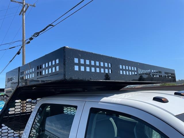 2021 Chevrolet Silverado 5500 Crew Cab DRW 4x4, Knapheide Concrete Concrete Body #CF12688 - photo 13