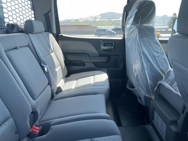 2021 Chevrolet Silverado 5500 Crew Cab DRW 4x4, Knapheide Concrete Concrete Body #CF12688 - photo 17