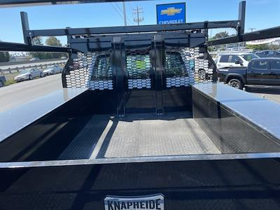 2021 Chevrolet Silverado 5500 Crew Cab DRW 4x4, Knapheide Concrete Concrete Body #CF12688 - photo 8