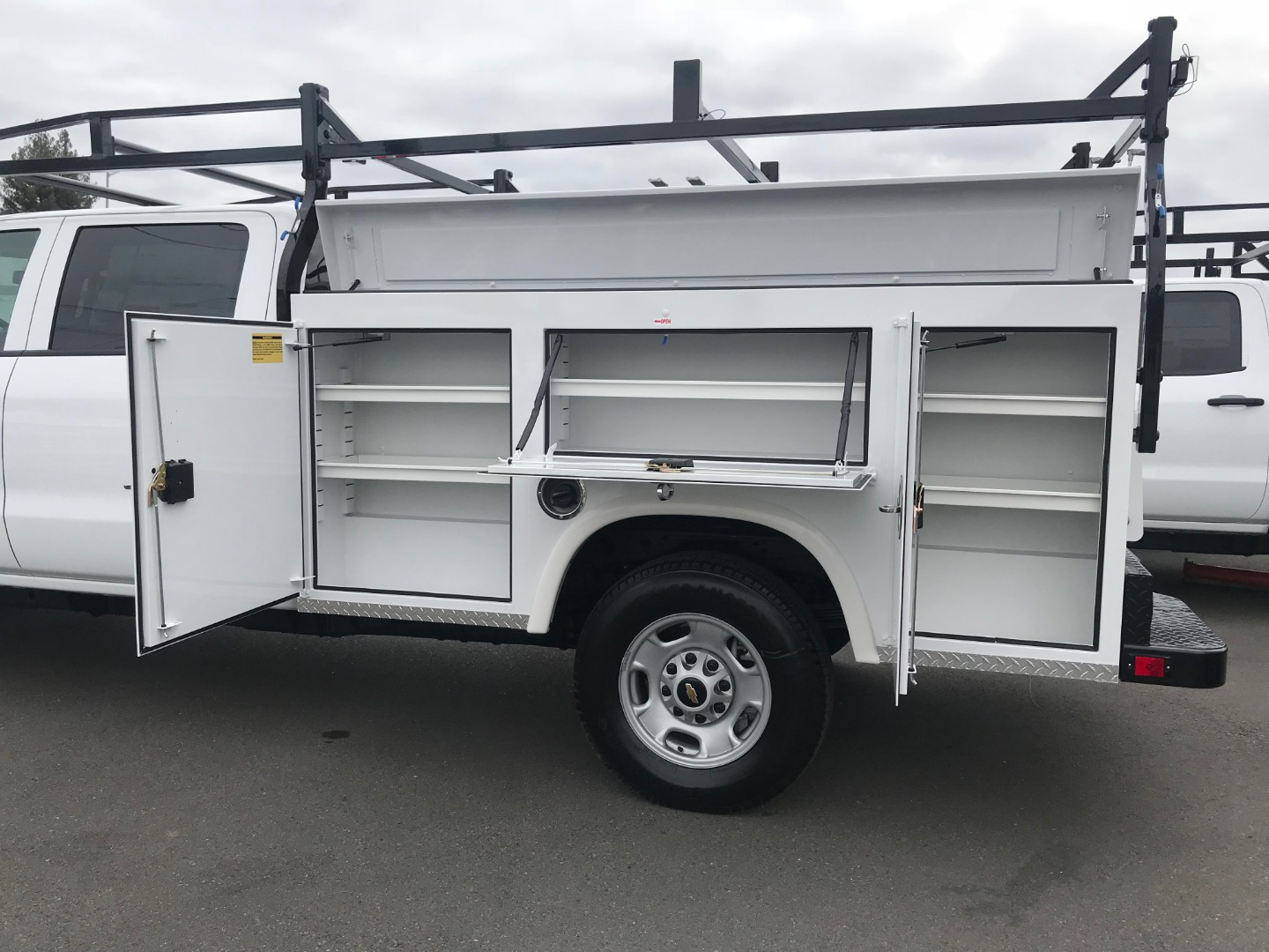 2018 Silverado 2500 Crew Cab 4x2,  Royal Service Body #CF9843 - photo 7