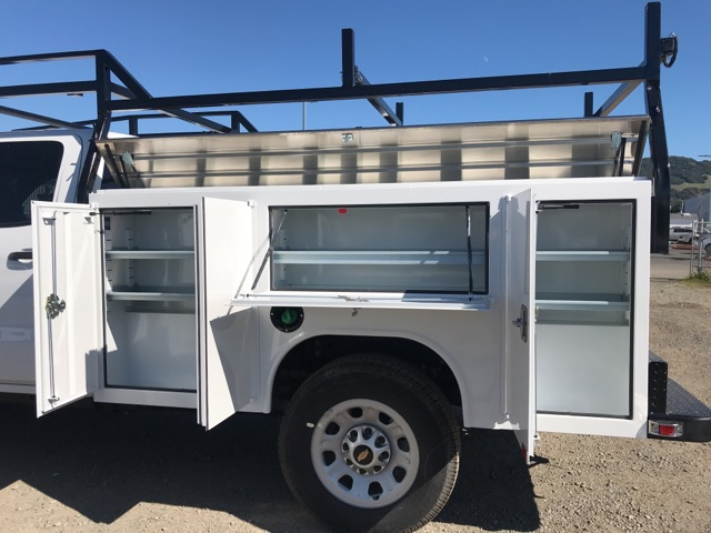 2018 Silverado 3500 Crew Cab 4x4,  Service Body #CF9855 - photo 3