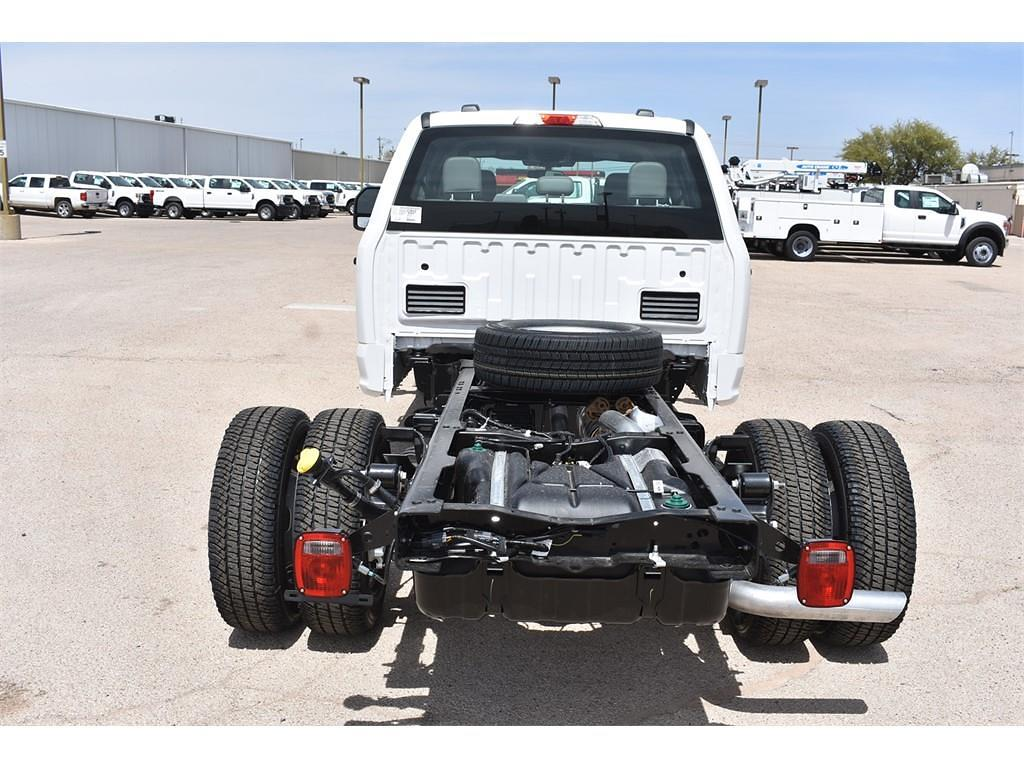 2021 Ford F-350 Crew Cab DRW 4x2, Cab Chassis #123765 - photo 7