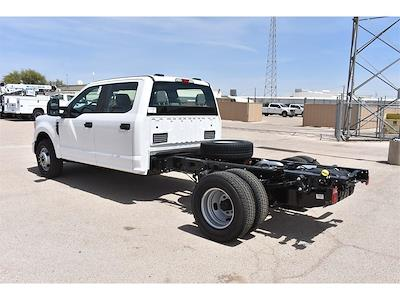 2021 Ford F-350 Crew Cab DRW 4x2, Cab Chassis #123765 - photo 6