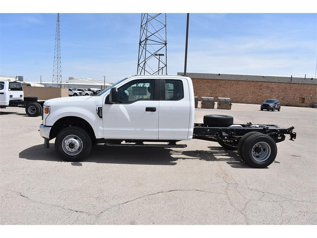 2021 Ford F-350 Super Cab DRW 4x4, Cab Chassis #124188 - photo 5