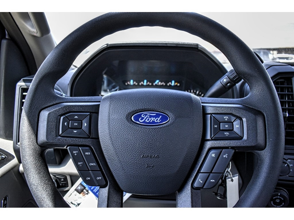 2019 Ford F-150 SuperCrew Cab 4x4, Pickup #901762 - photo 17