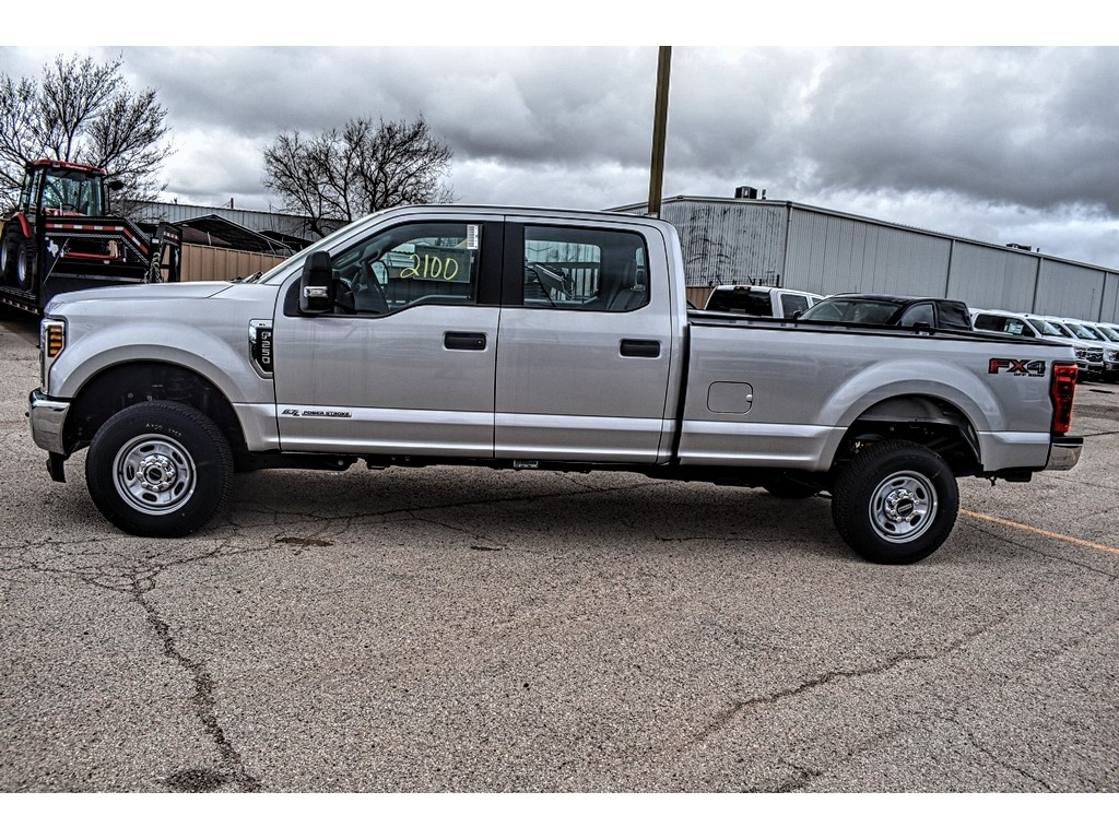 2019 F-250 Crew Cab 4x4, Pickup #910925 - photo 6