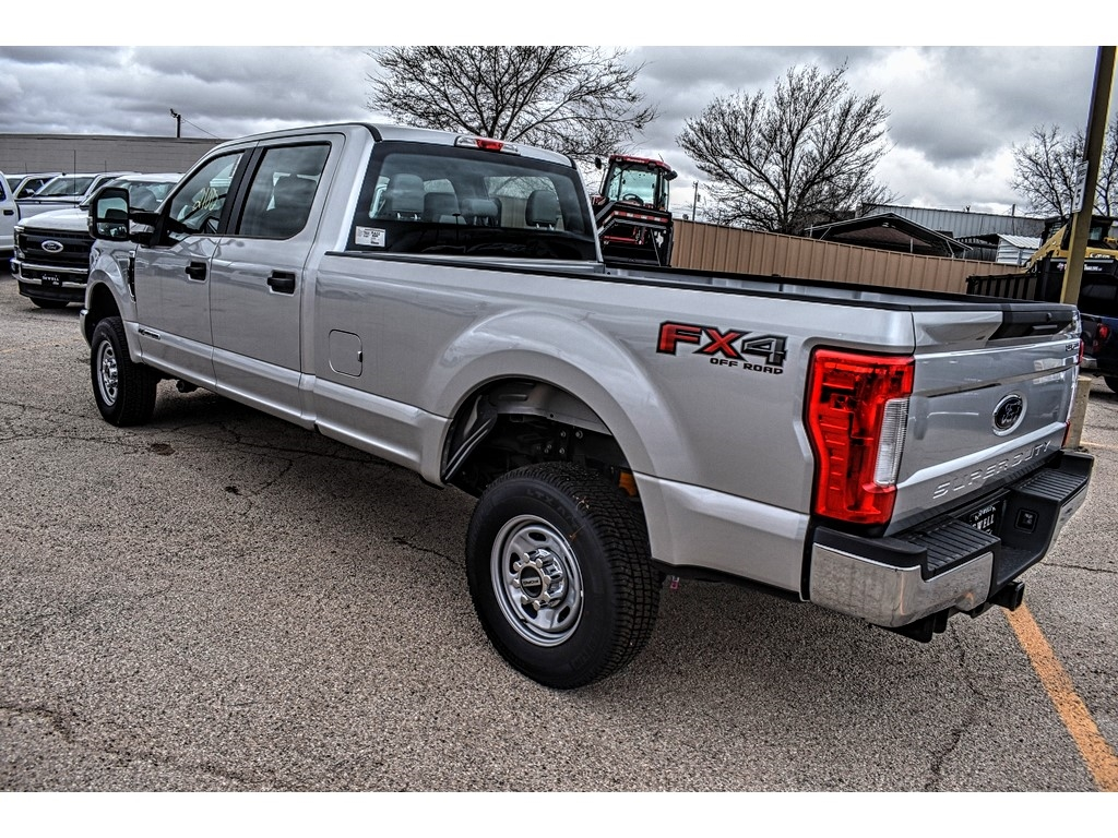 2019 F-250 Crew Cab 4x4, Pickup #910925 - photo 7