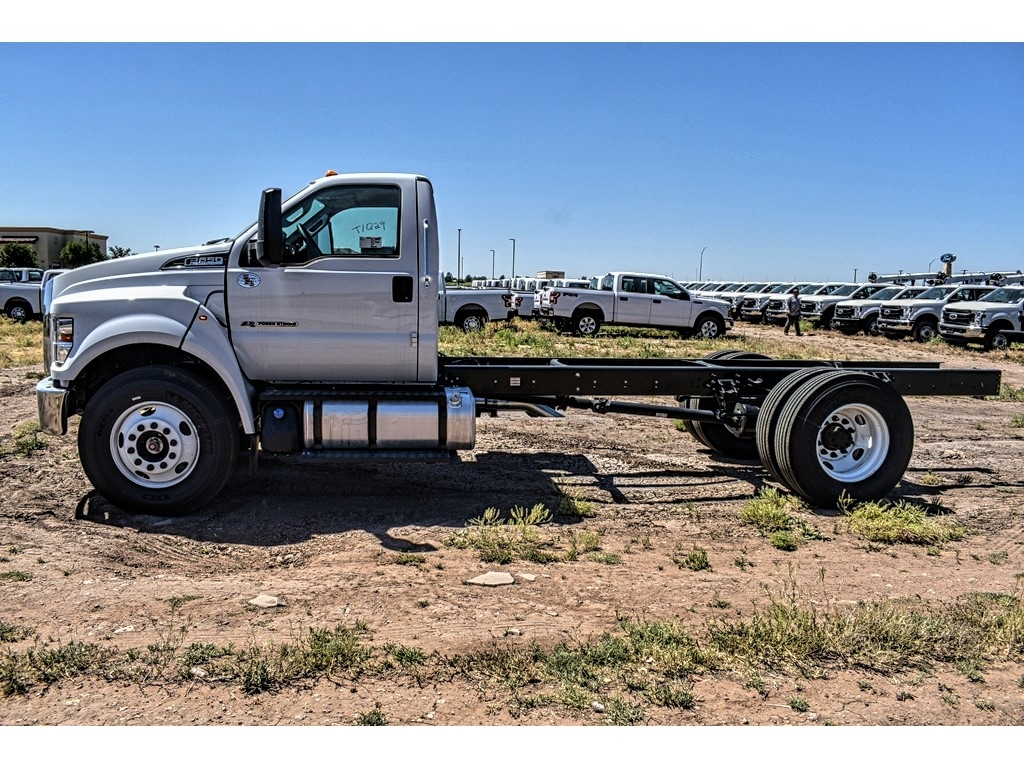 2019 Ford F-650 Regular Cab DRW 4x2, Cab Chassis #912502 - photo 5