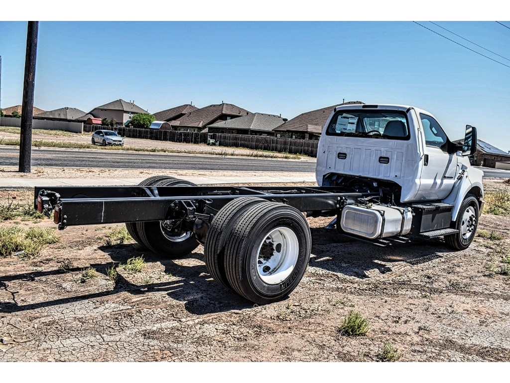 2019 Ford F-650 Regular Cab DRW 4x2, Cab Chassis #912502 - photo 2