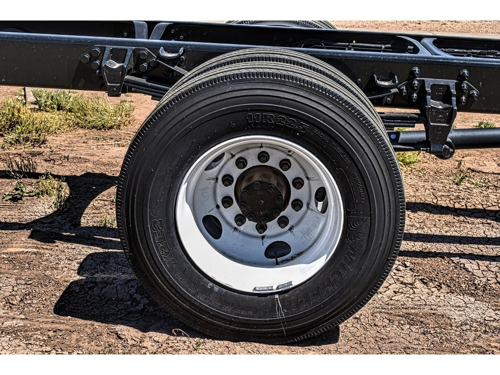 2019 Ford F-650 Regular Cab DRW 4x2, Cab Chassis #912503 - photo 9