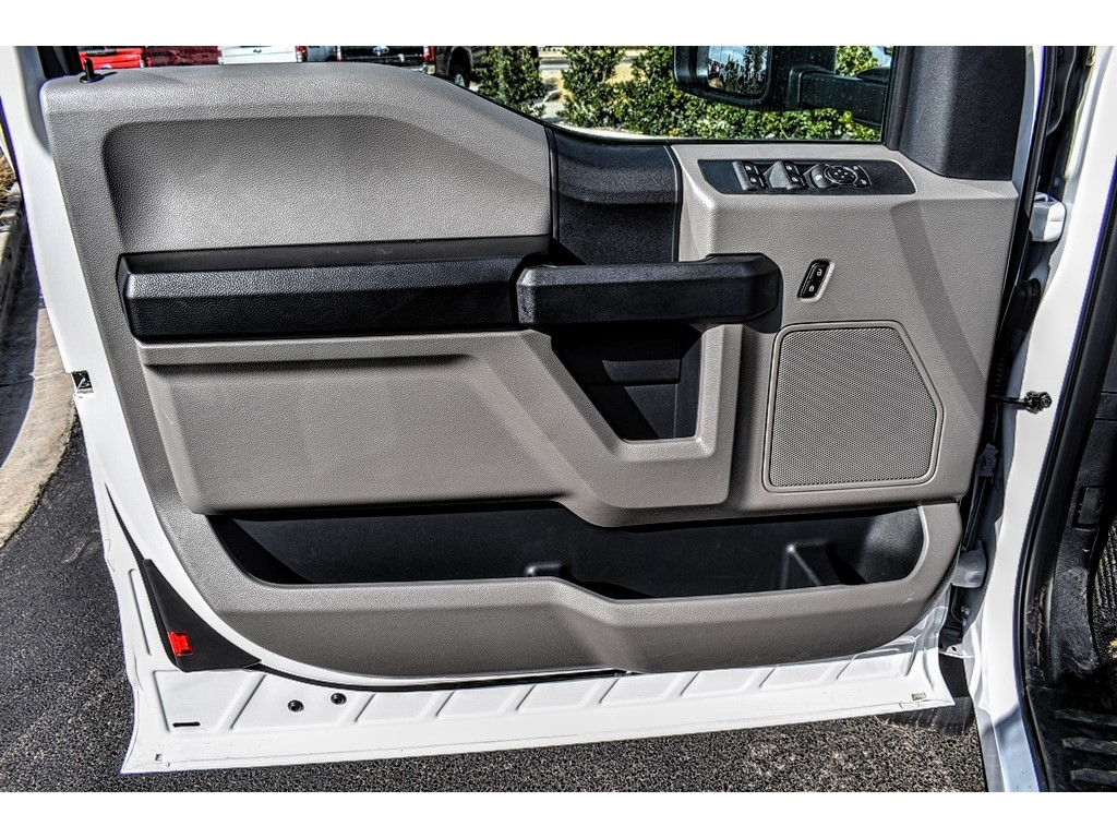 2019 Ford F-550 Super Cab DRW 4x4, Auto Crane Titan Mechanics Body #913099 - photo 14