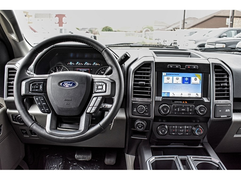 2019 F-150 SuperCrew Cab 4x4, Pickup #916200 - photo 15