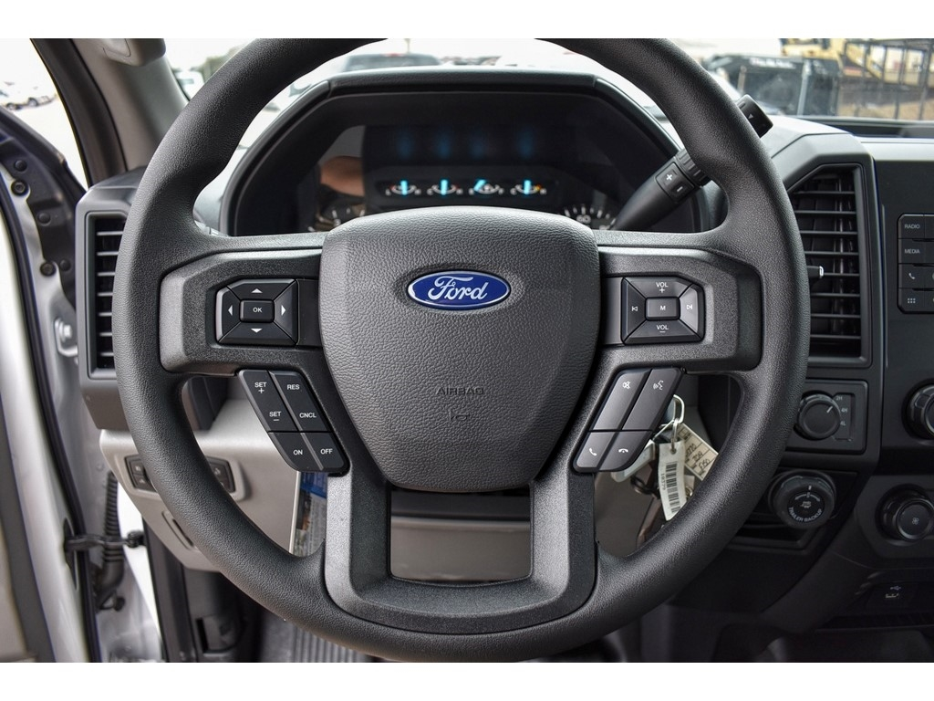 2019 Ford F-150 SuperCrew Cab 4x4, Pickup #916210 - photo 19