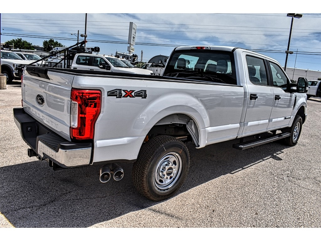 2019 F-250 Crew Cab 4x4, Pickup #921481 - photo 2