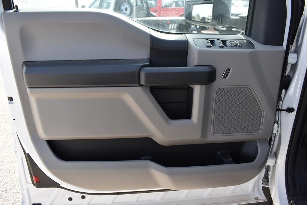 2019 F-550 Super Cab DRW 4x4, Auto Crane Titan Mechanics Body #925043 - photo 13