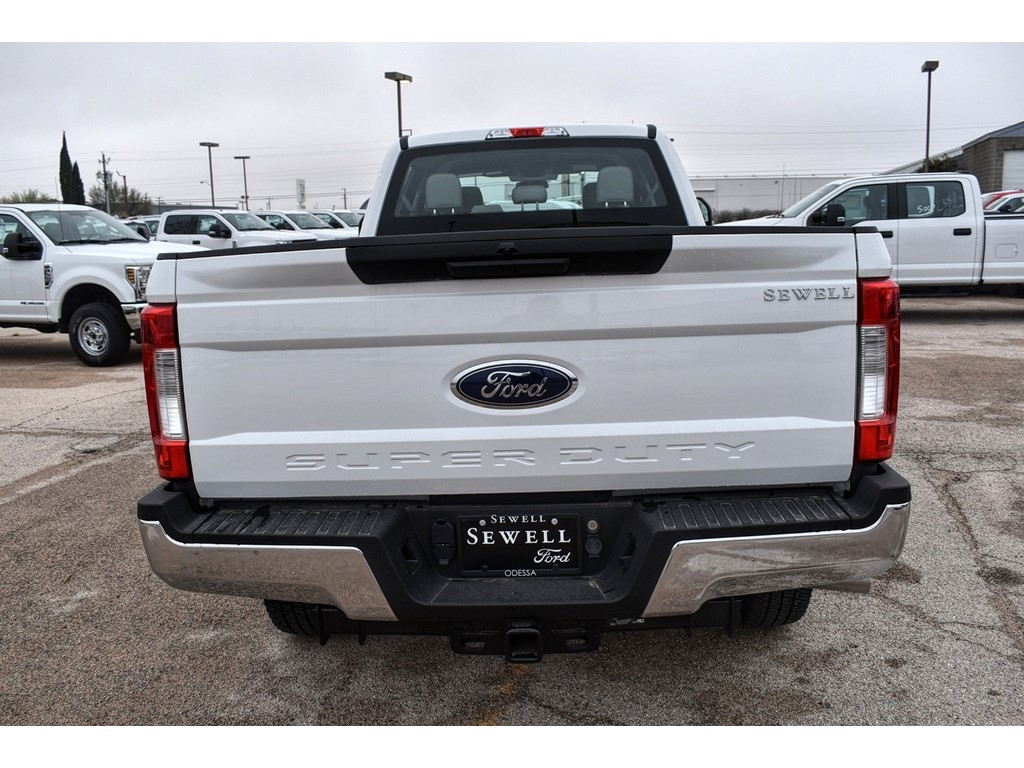 2019 F-250 Crew Cab 4x4, Pickup #934127 - photo 8