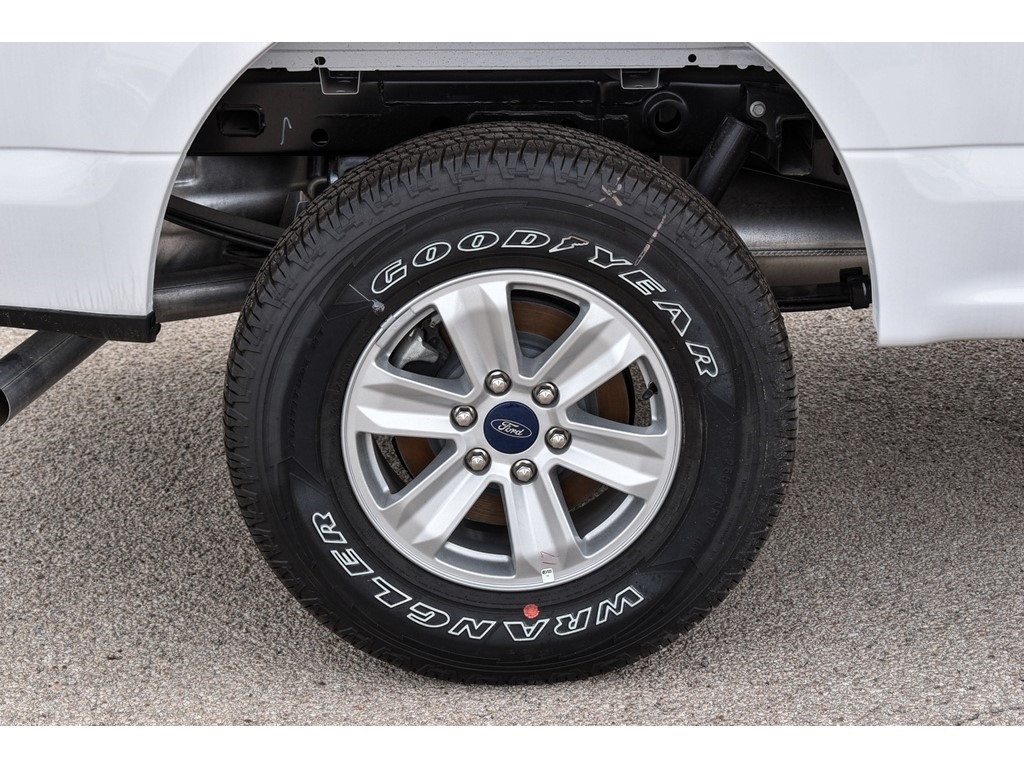2019 Ford F-150 SuperCrew Cab 4x4, Pickup #951917 - photo 9