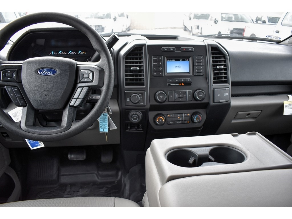 2019 Ford F-150 SuperCrew Cab 4x4, Pickup #951917 - photo 11