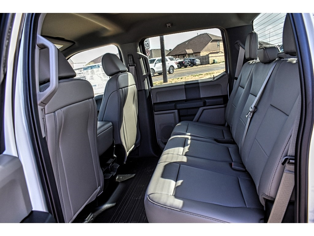 2019 Ford F-150 SuperCrew Cab 4x4, Pickup #952595 - photo 11
