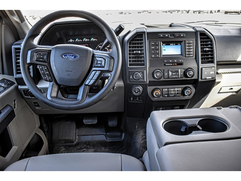 2019 Ford F-150 SuperCrew Cab 4x4, Pickup #952595 - photo 12