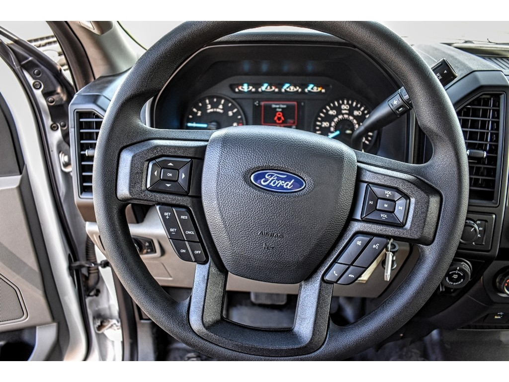 2019 Ford F-150 SuperCrew Cab 4x4, Pickup #952595 - photo 19