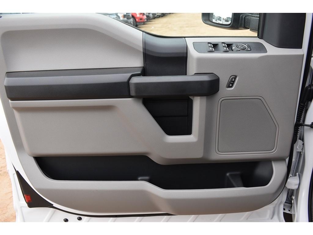2019 Ford F-550 Super Cab DRW 4x4, CM Truck Beds ER Model Hauler Body #958203 - photo 14