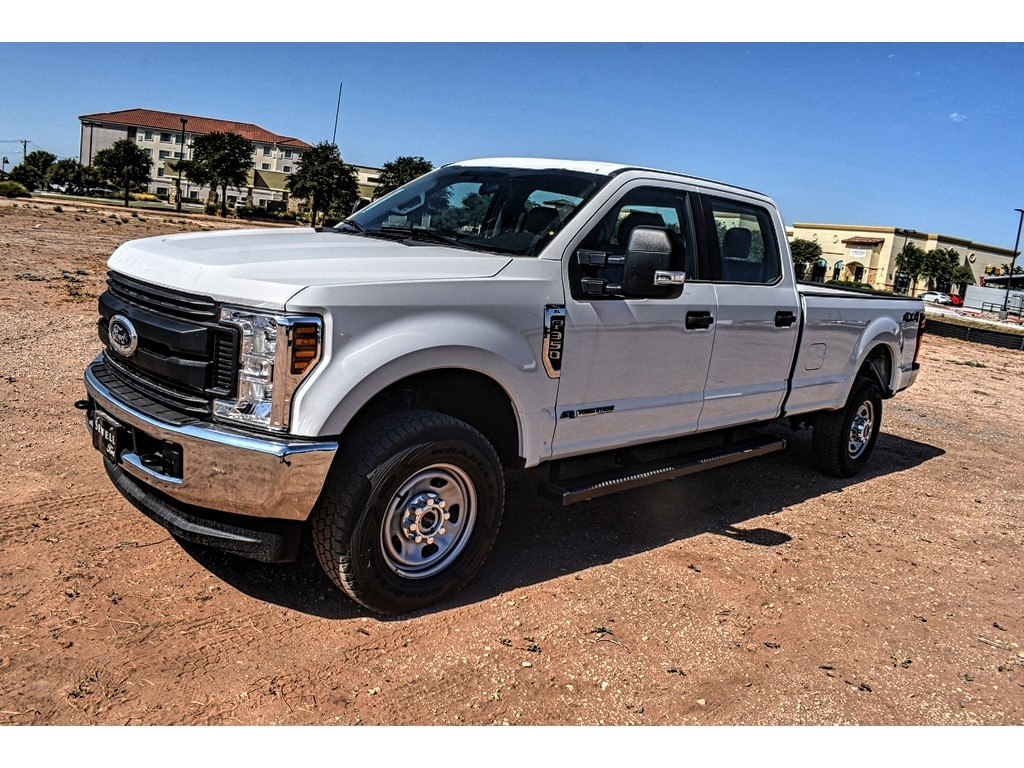 2019 Ford F-350 Crew Cab 4x4, Pickup #958449 - photo 4
