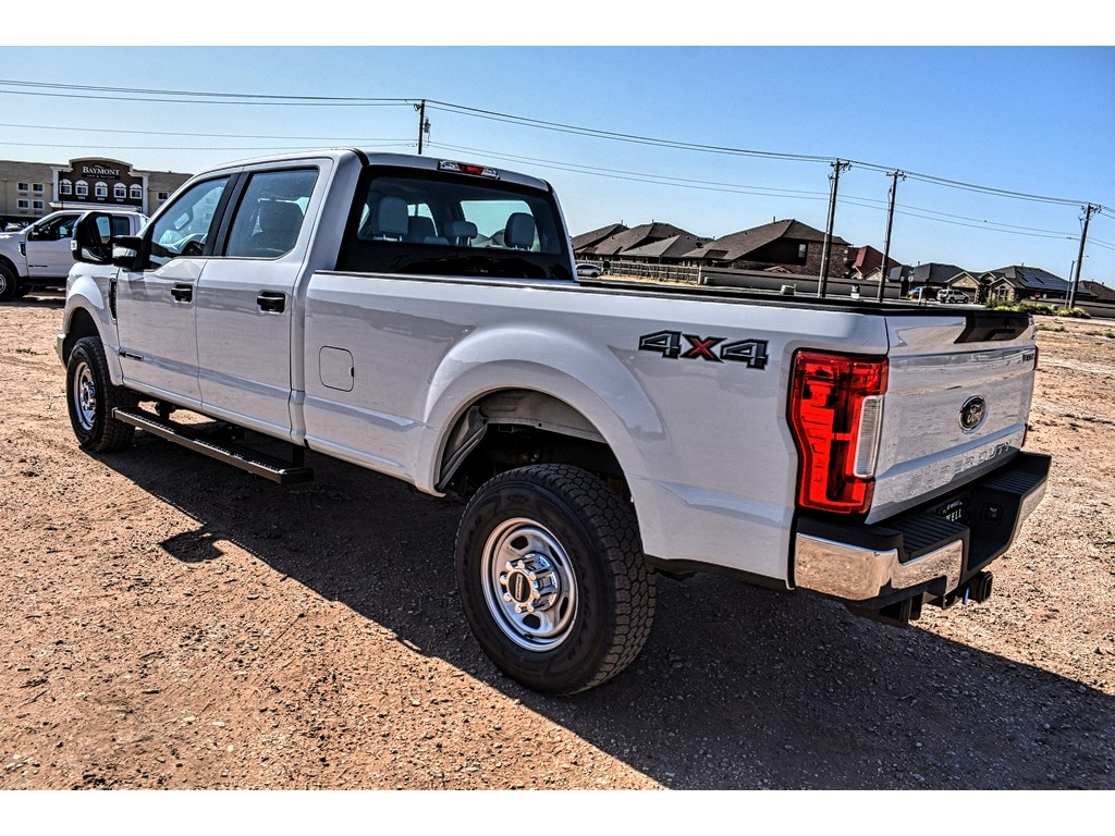 2019 Ford F-350 Crew Cab 4x4, Pickup #958456 - photo 6