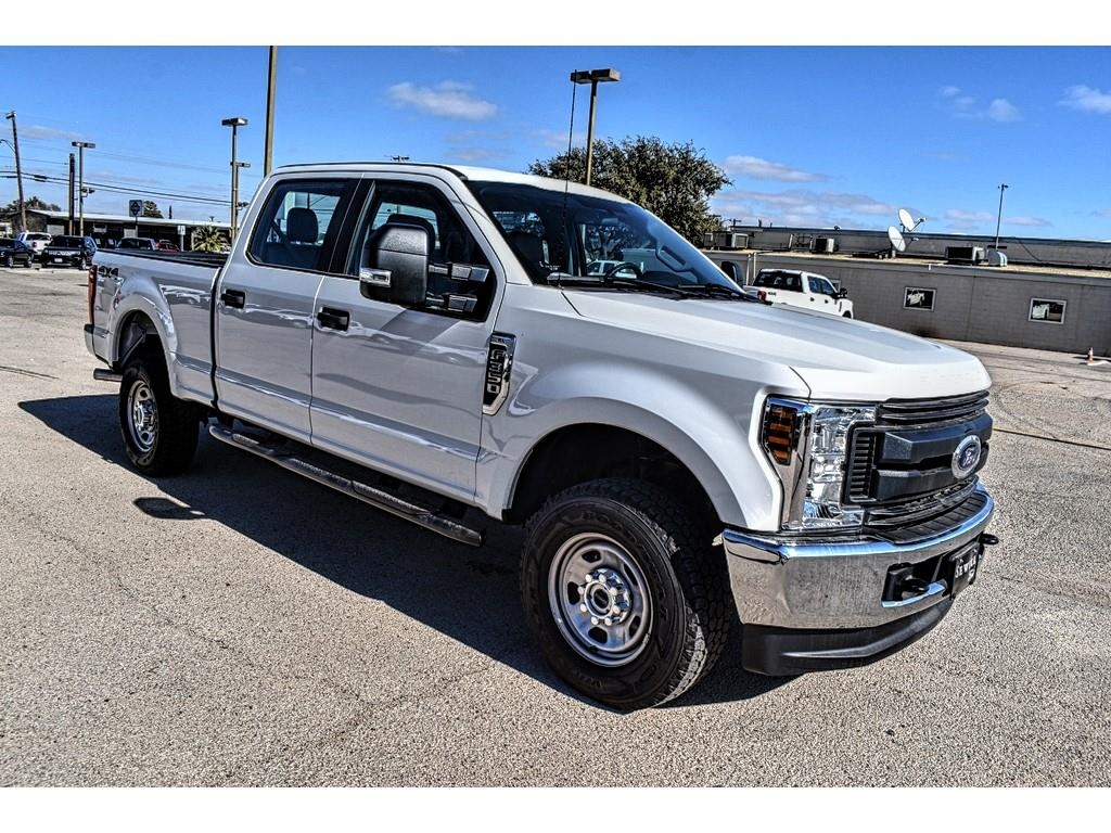 2019 Ford F-350 Crew Cab 4x4, Pickup #958464 - photo 9