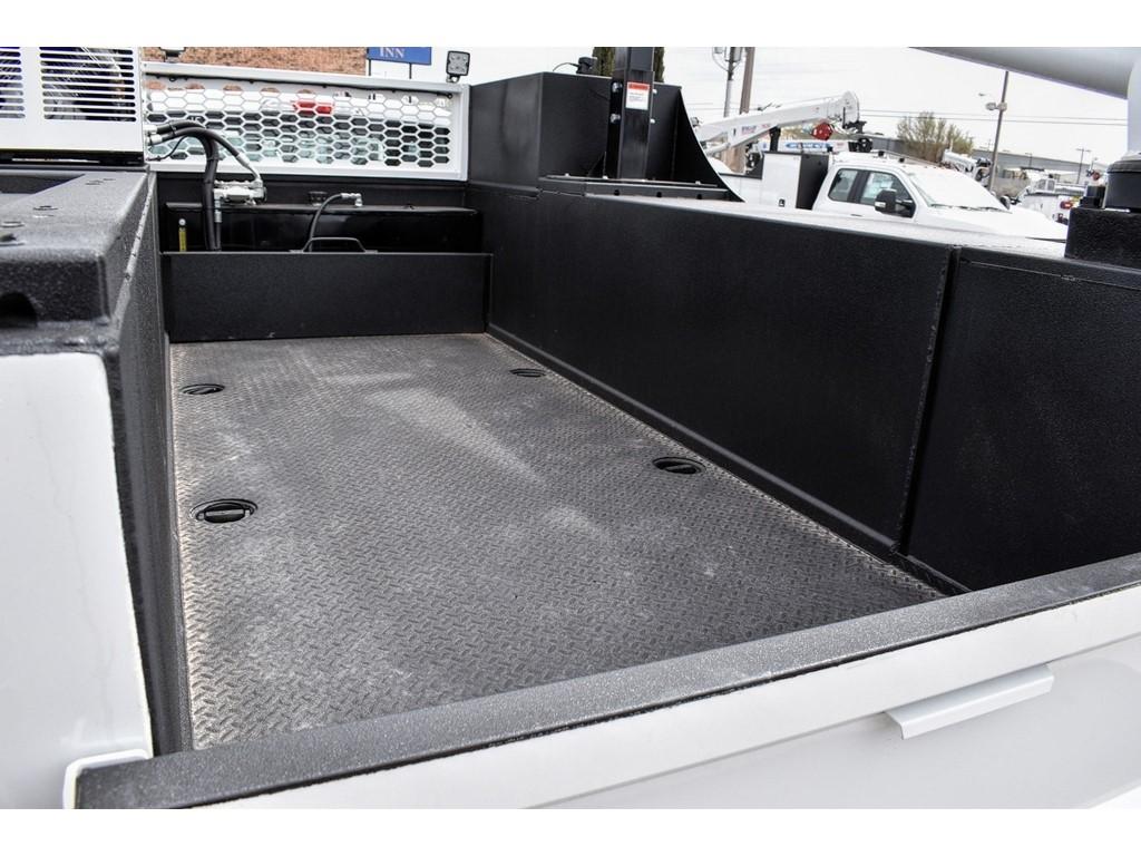 2019 Ford F-550 Super Cab DRW 4x4, Knapheide KMT Mechanics Body #958925 - photo 9