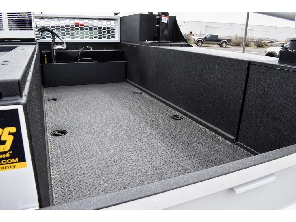 2019 Ford F-550 Super Cab DRW 4x4, Knapheide Crane Body Mechanics Body #958947 - photo 9