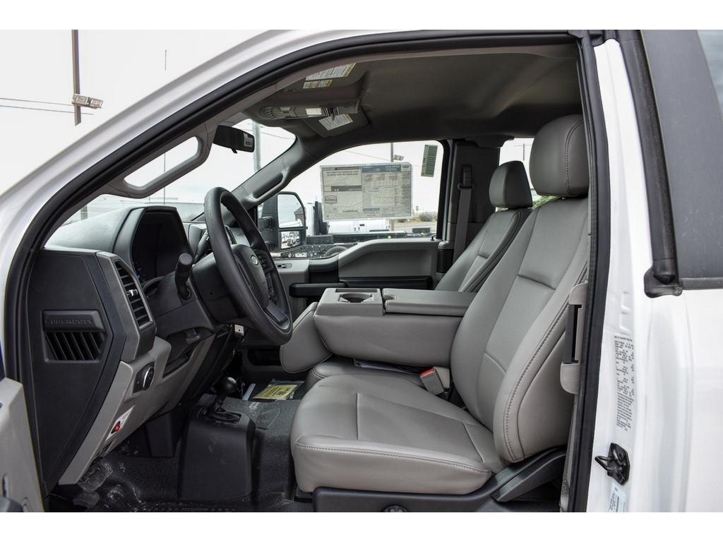 2019 Ford F-550 Super Cab DRW 4x4, Knapheide Crane Body Mechanics Body #958947 - photo 14