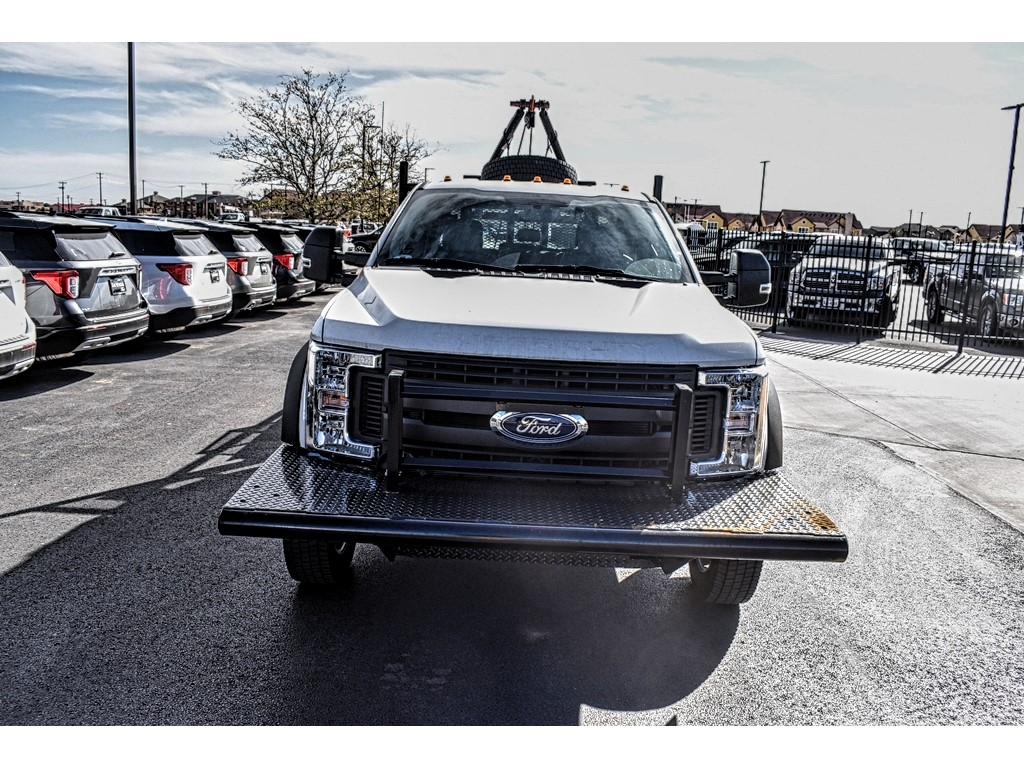 2019 F-550 Crew Cab DRW 4x4, Pick-Up Pals Other/Specialty #961711 - photo 3