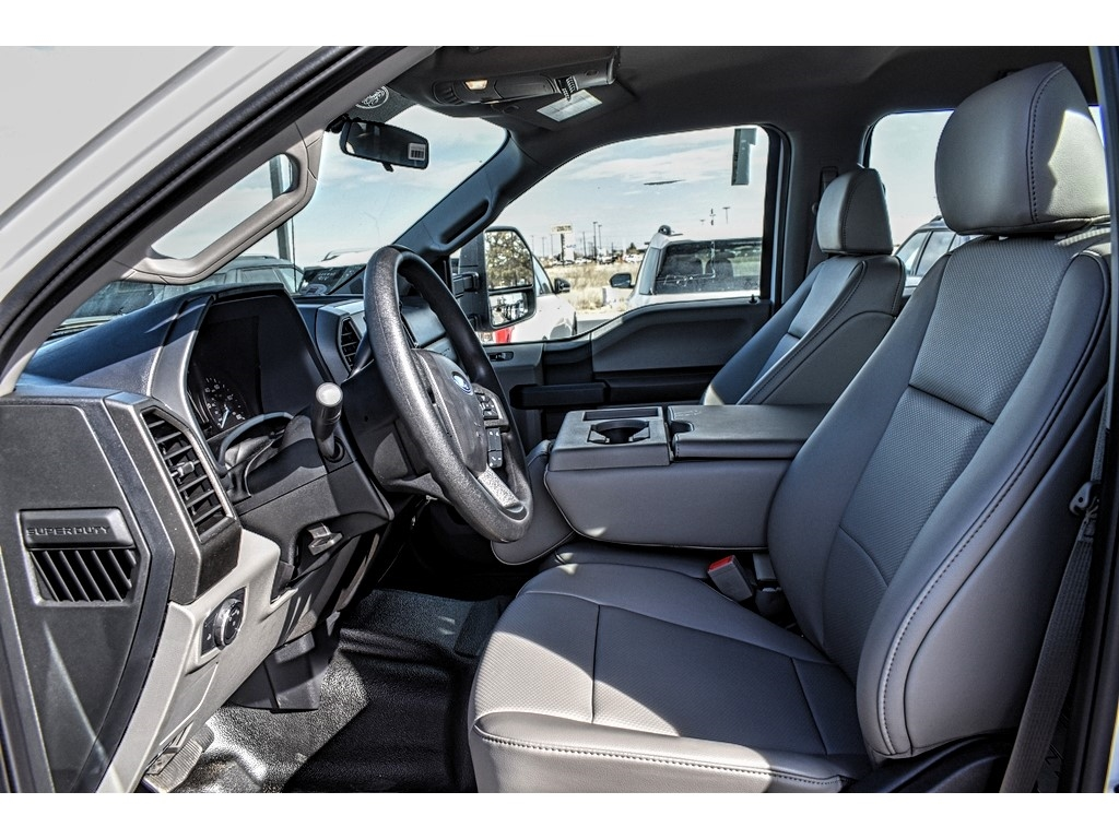 2019 F-550 Crew Cab DRW 4x4, Pick-Up Pals Other/Specialty #961711 - photo 16