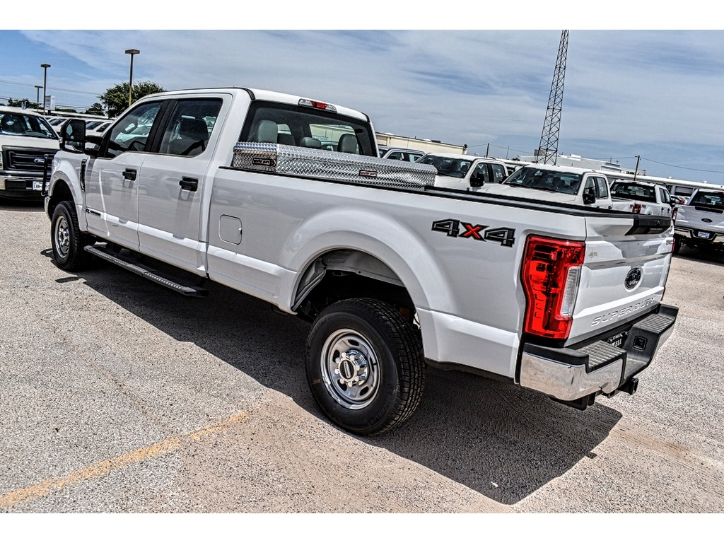 2019 Ford F-250 Crew Cab 4x4, Cab Chassis #970503 - photo 6