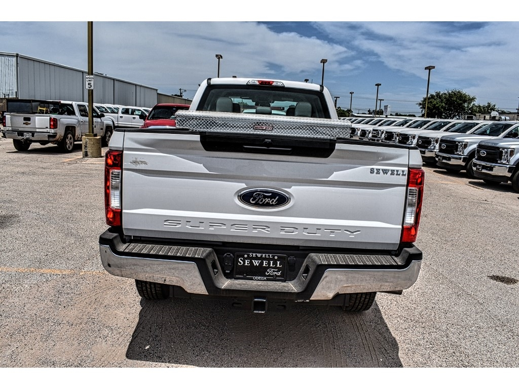 2019 Ford F-250 Crew Cab 4x4, Cab Chassis #970503 - photo 7