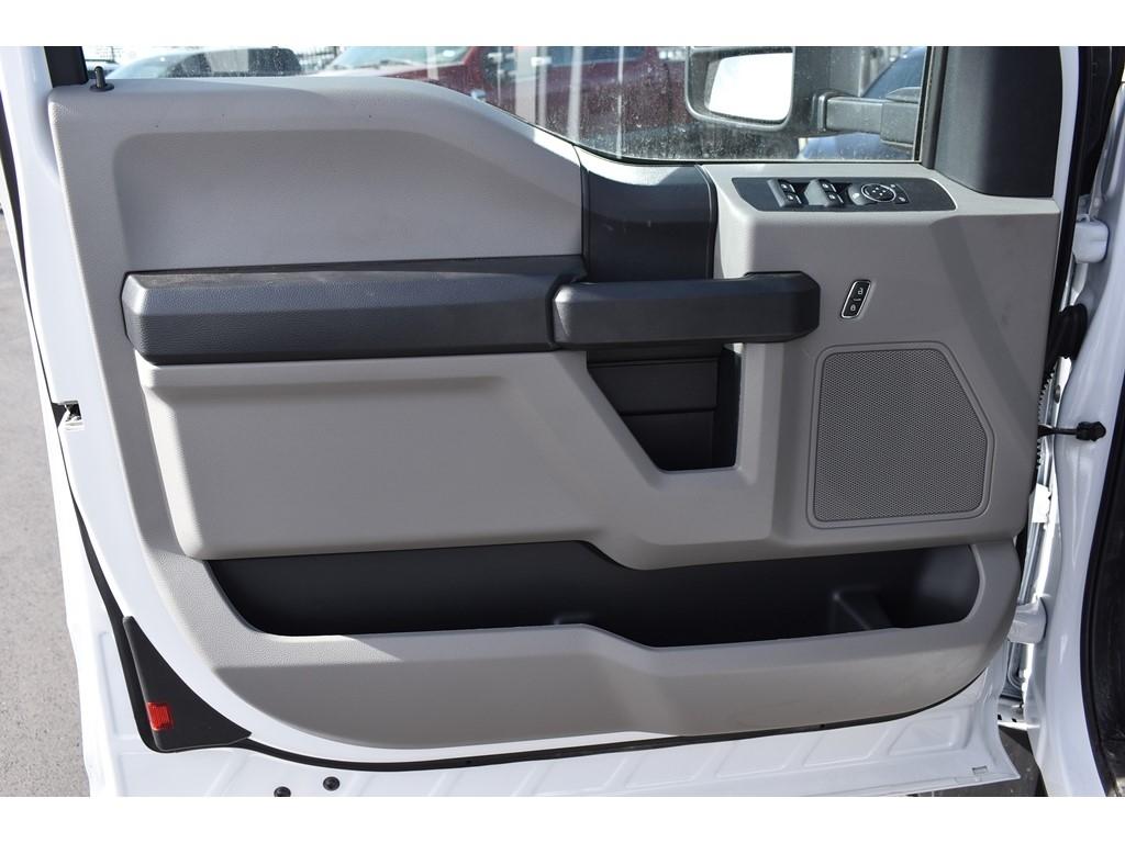 2019 F-550 Super Cab DRW 4x4, Auto Crane Titan Mechanics Body #985523 - photo 12